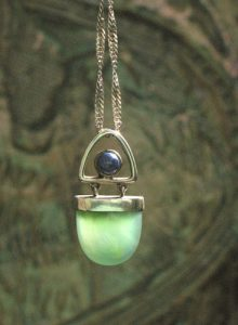 serpentine lapis pendant used for dowsing